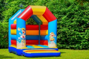 bounch house and summer challenges